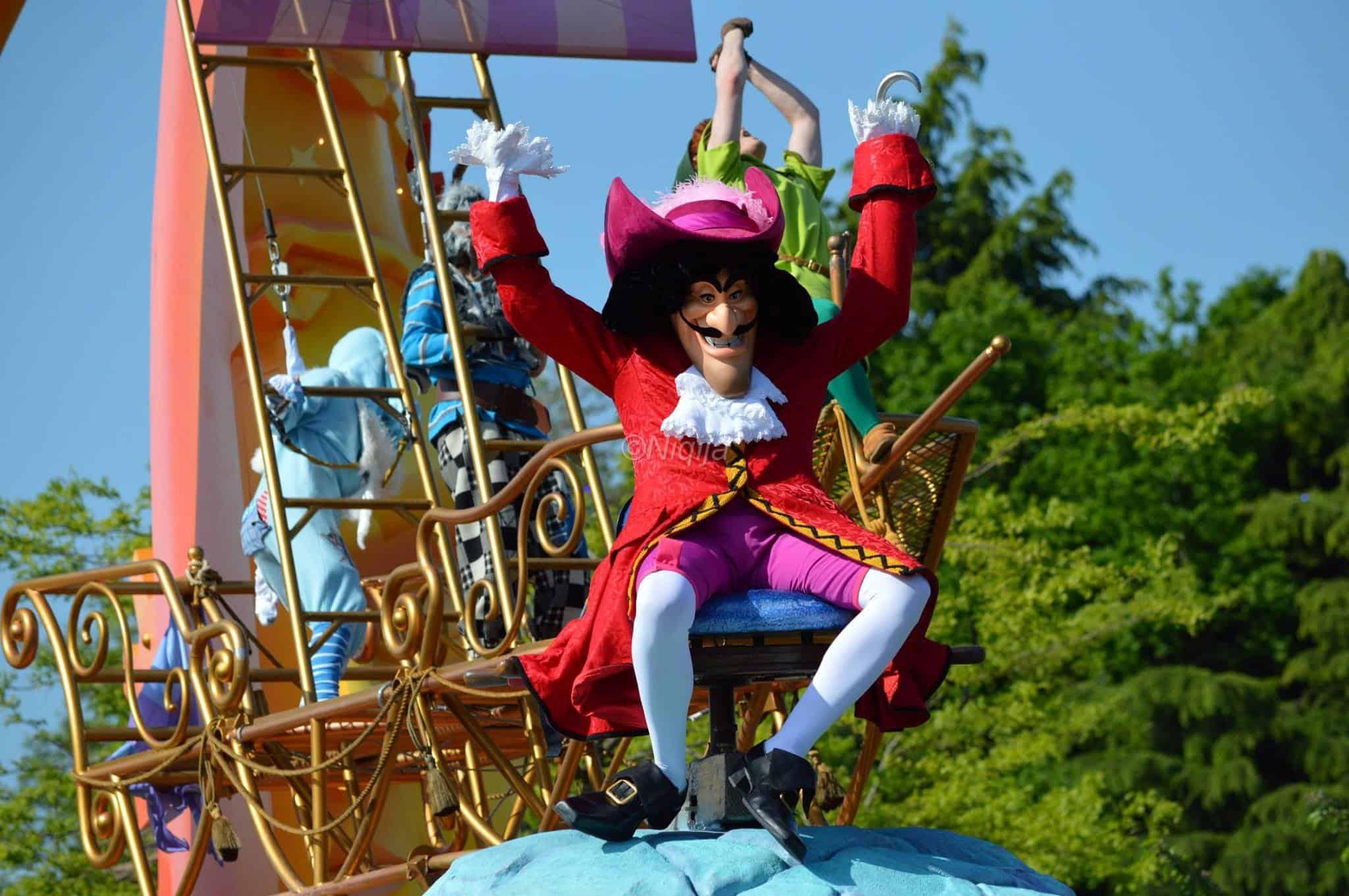 disneyland parijs euro disney kapitein haak parade